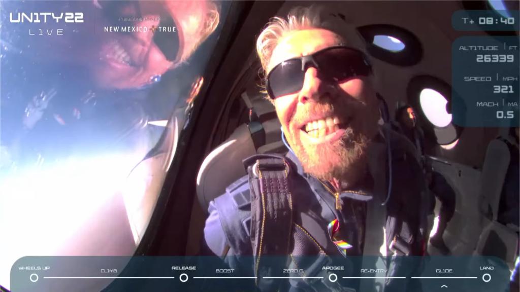 Ricard Branson ไปอวกาศสำเร็จโดยVirgin Galacticบริษัทในเครือ | ภาพจากการถ่ายทอดสด Virgin Galactic โดย Bigdreamblog.com